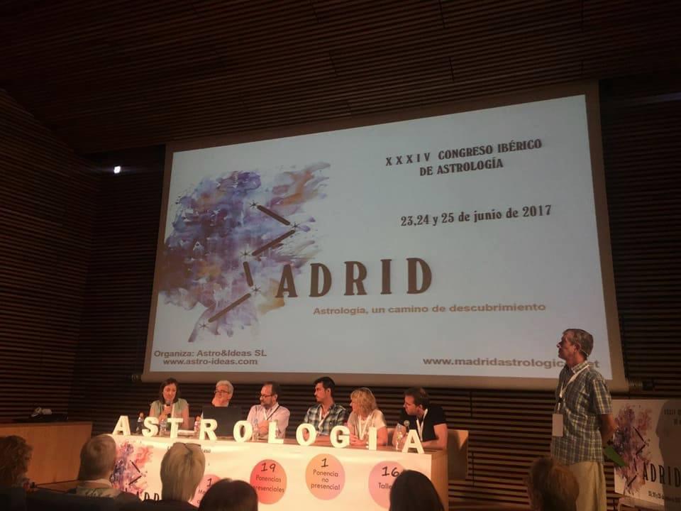 mesa-debate-madrid-astrologico-3