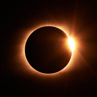 Todo lo que necesitas saber sobre los Eclipses